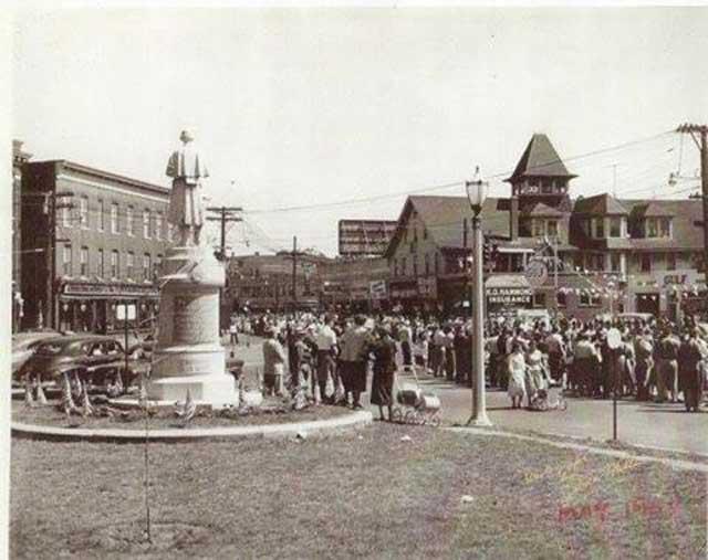 Memorial Day Parade 1954